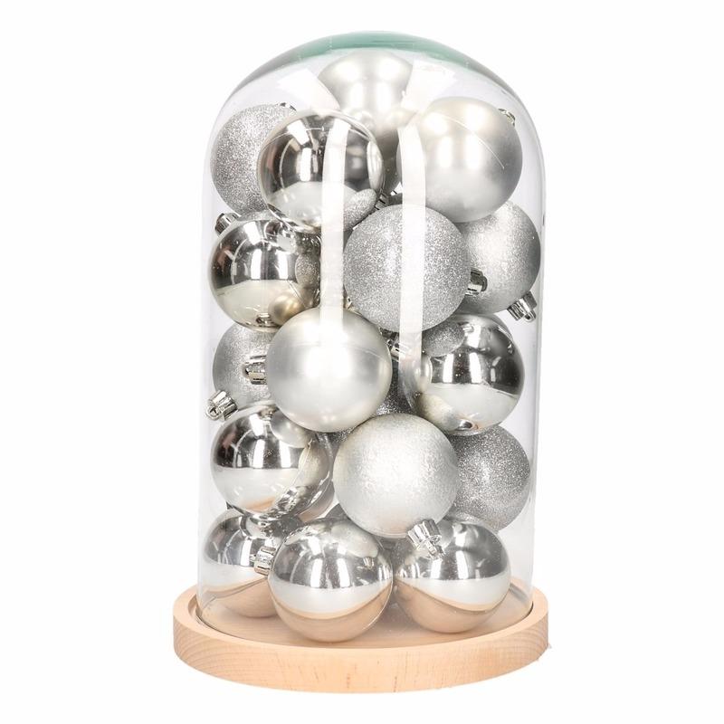Kerst woondecoratie stolp met zilveren kerstballen