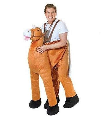 Pluche instap paard kostuum. een grappig kostuum waar u in stapt zodat het lijkt alsof u op een paard zit.de ...